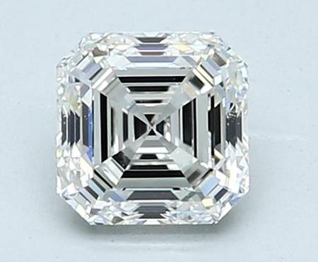 asscher cut diamond at 10X magnification