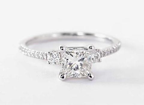 561240863 Ring Settings That Make Diamonds Look Bigger (Upsize w/o Huge Costs!)