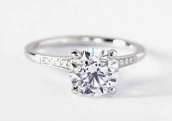 graduated milgrain melee diamond ring 18k white gold version