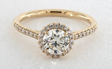 halo yellow gold setting make diamond color homogenous